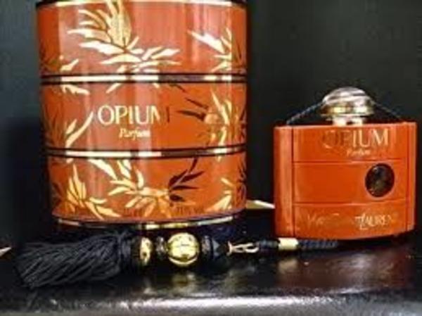 オピウムのブレンドレシピ*男性を虜にするイランイラン